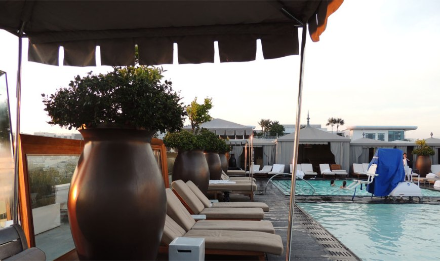 SLS Beverly Hills Rooftop Pool
