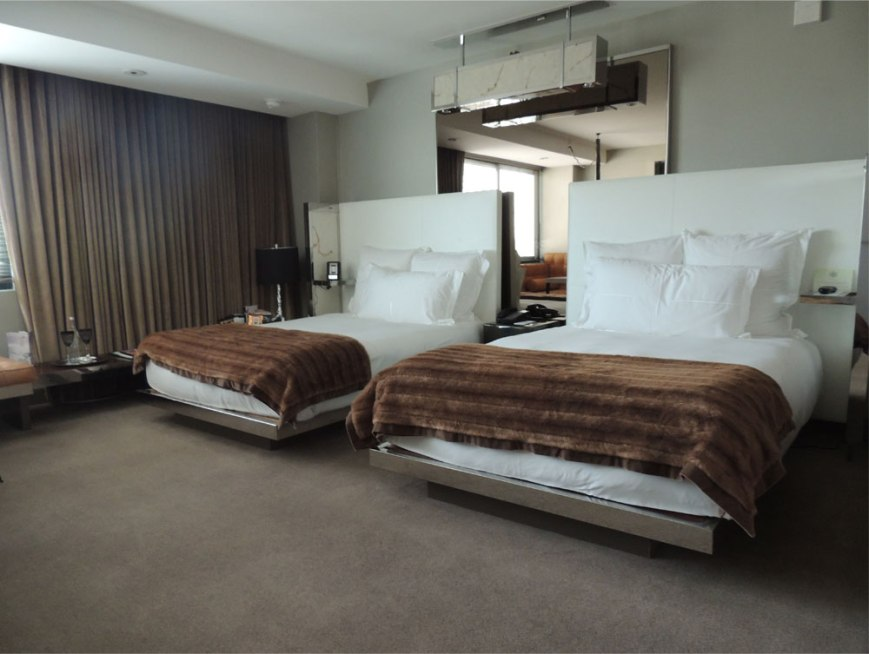 SLS Hotel Beverly Hills Rooms